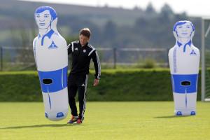 Trainer mat UEFA-A-Schäin, wéi bei eis de Luc Holtz, sinn an Island éischter d'Regel wéi d'Ausnahm